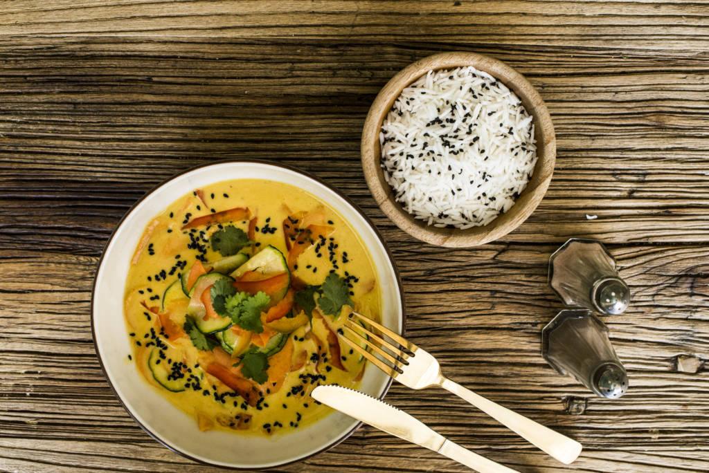 Curry Amarillo de Verduras Frescas
